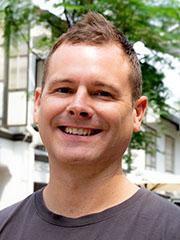 Craig Dixon の顔写真